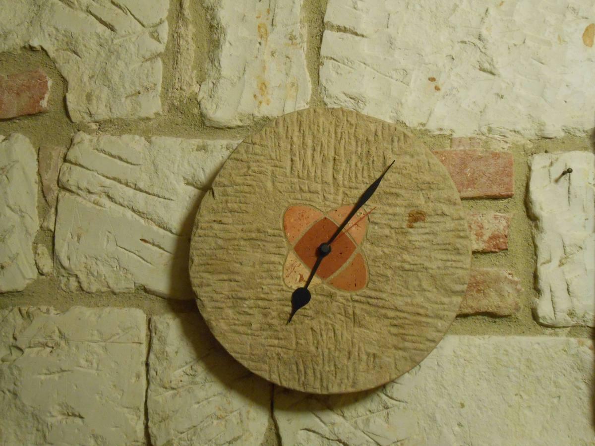orologio pietra arr.